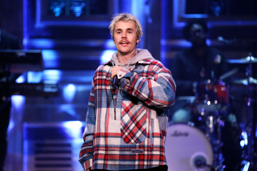 Watch Justin Bieber Perform 'Intentions' With Quavo on 'Fallon'